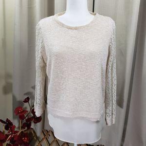 *Flaw* LUCKY BRAND Crochet Sleeve Split Back Top